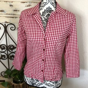 Fibers Barbra lesser red gingham fitted button top